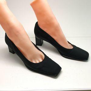 Stuart Weitzman Womens Textured Block Pumps Shoes